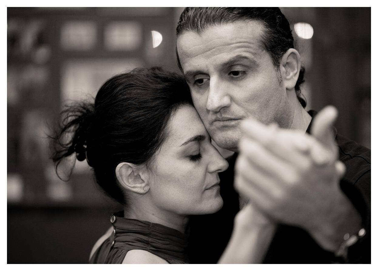 046-Tango-1111